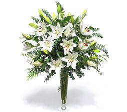 Bouquet of lilies for beloved